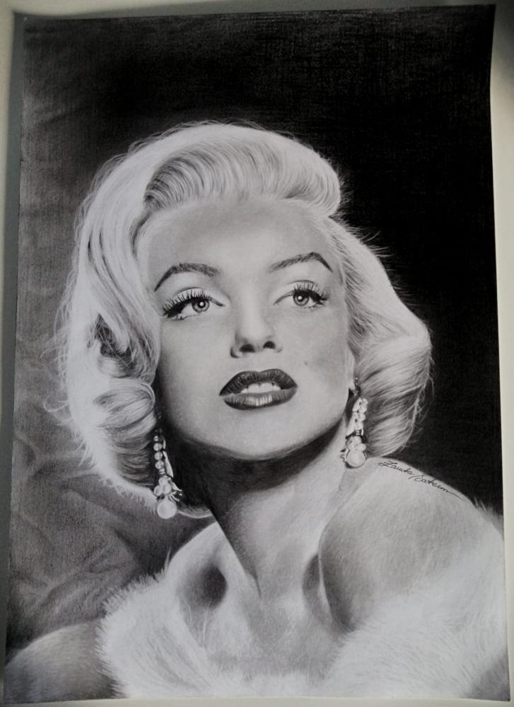 Marilyn Monroe by JeanettePL